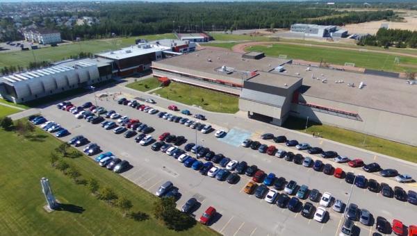 vue aérienne du campus d'enseignement supérieur de Sept-Îles